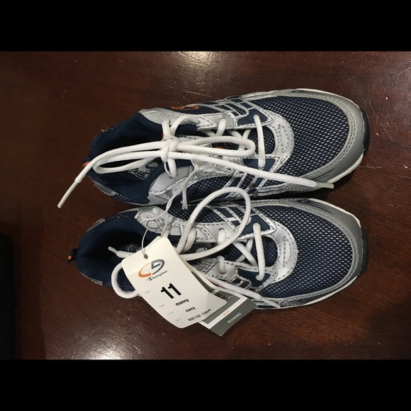 c917e40a9f3 Boys Champion Running Shoes